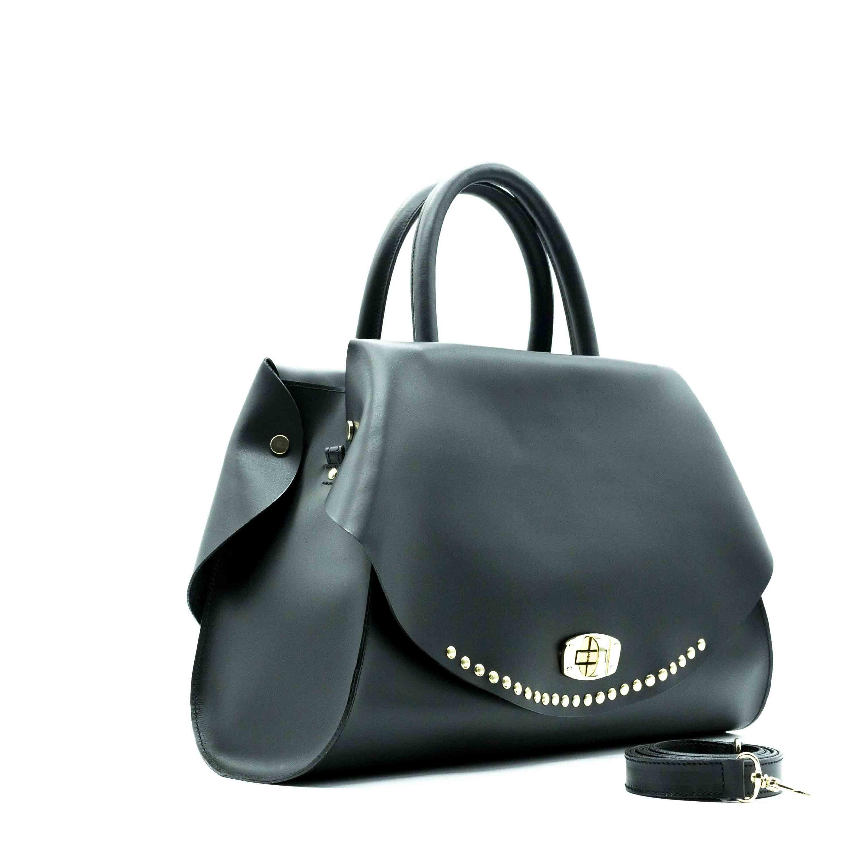 Borsa donna Capri nera con borchie