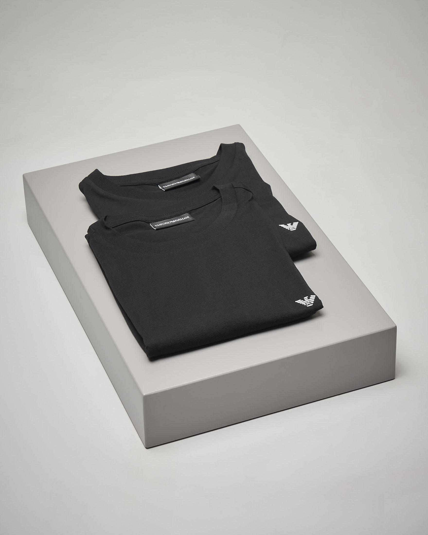 Doppia t-shirt nera in cotone