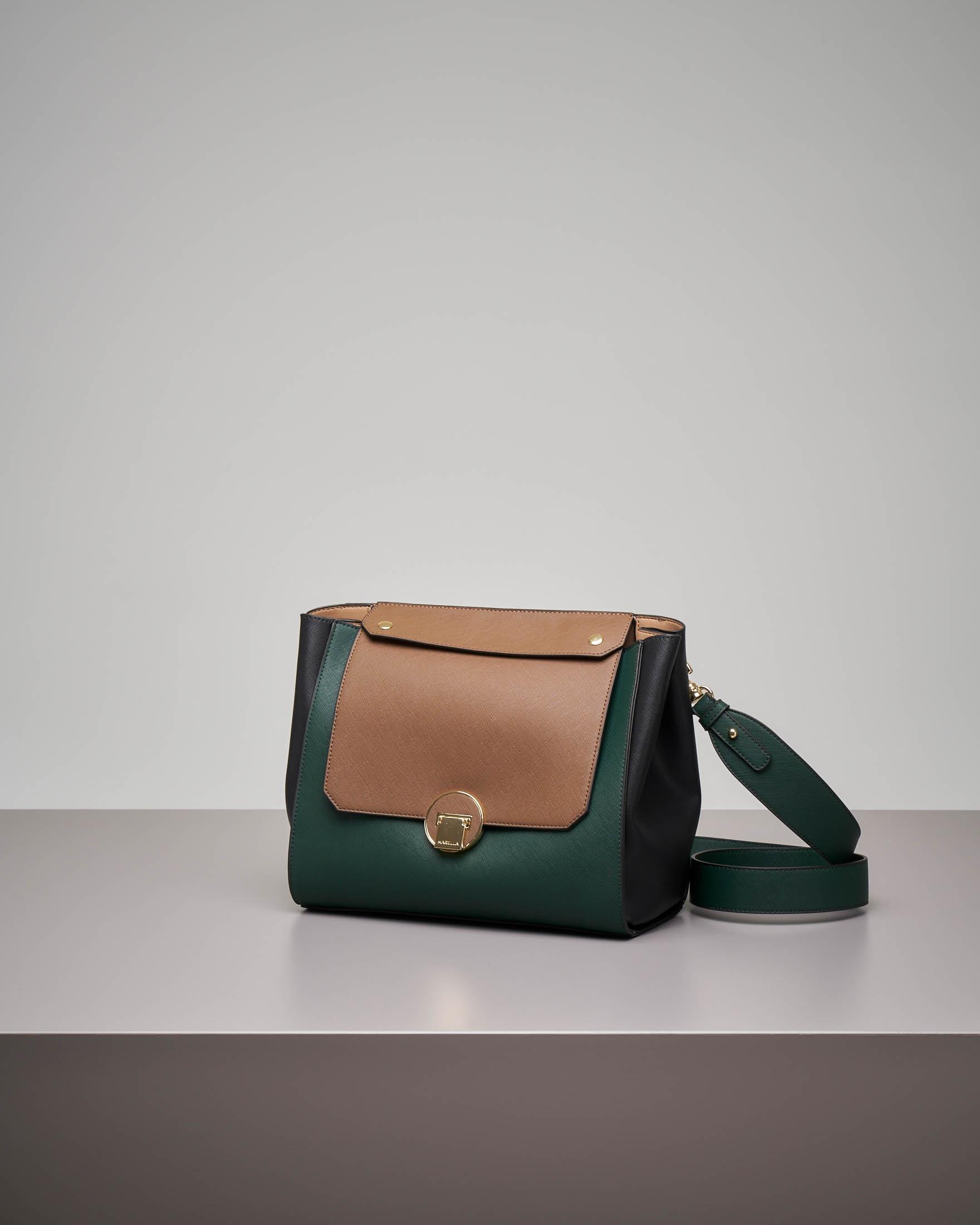 Borsa verde misura media con patta intercambiabile beige e trapuntata tono  su tono. 41493cb950a