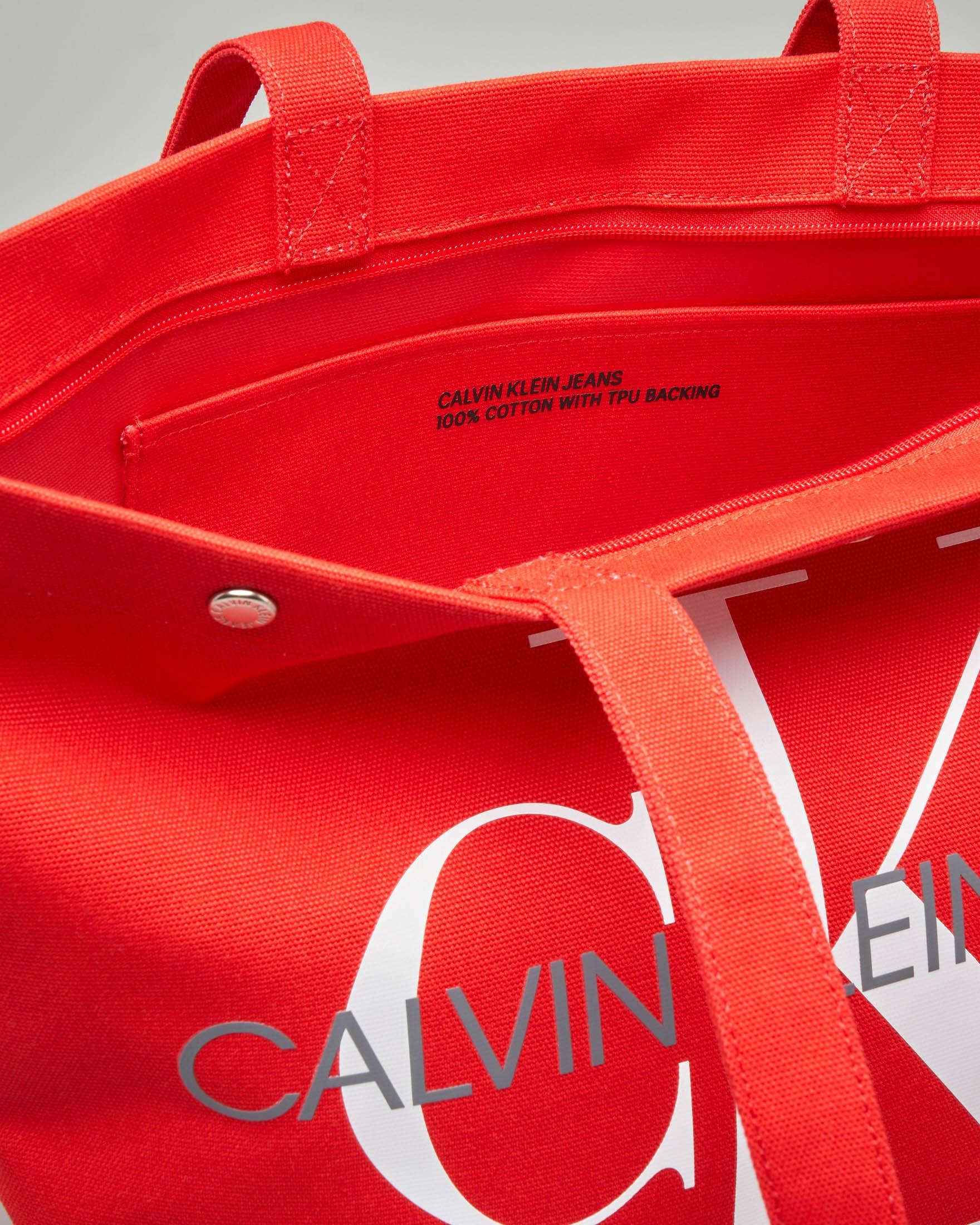506d66fc55 Shopping bag rossa in canvas con logo a contrasto | Pellizzari E ...