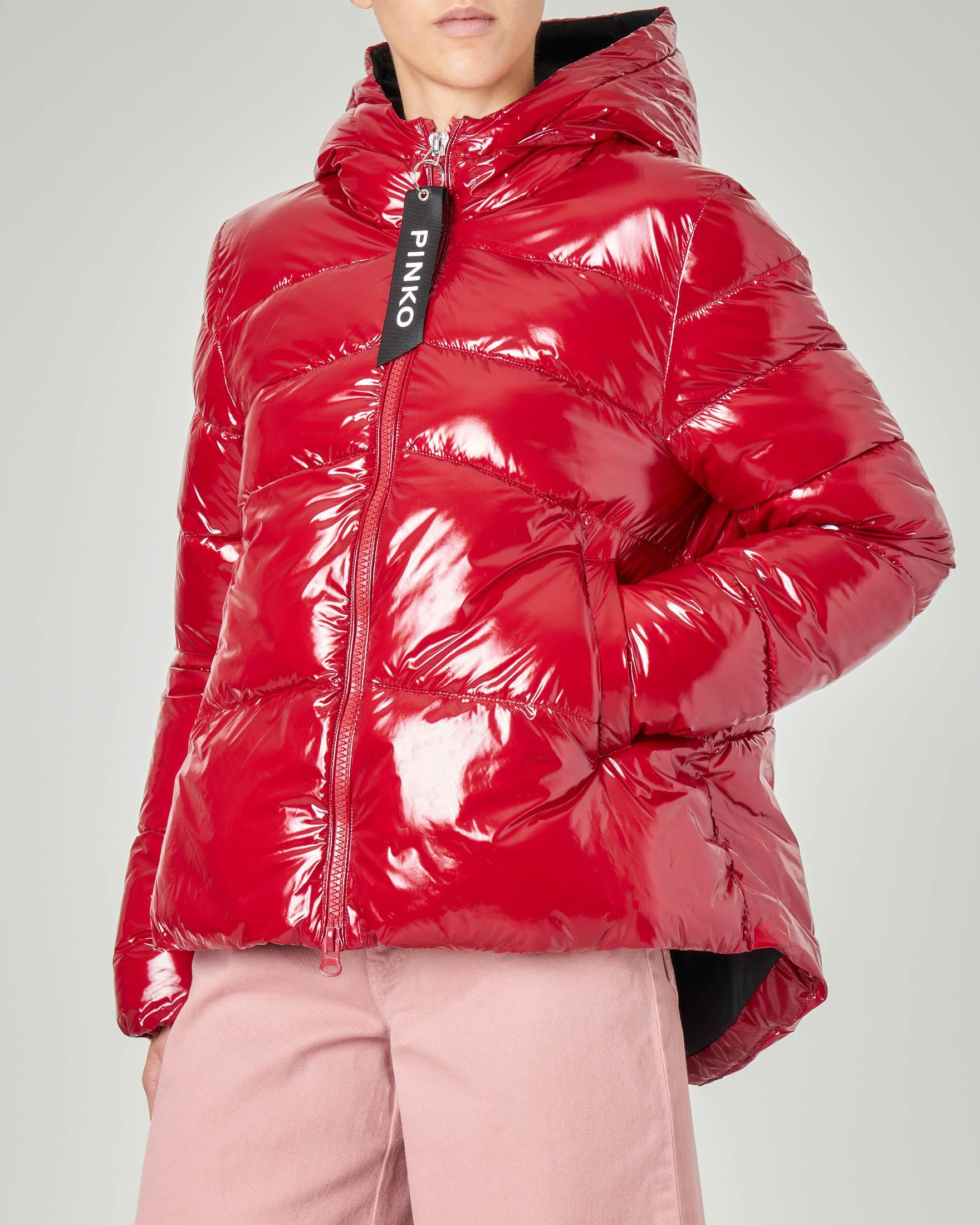 uk availability c9665 0741f Piumino corto oversize con cappuccio colore rosso effetto lucido